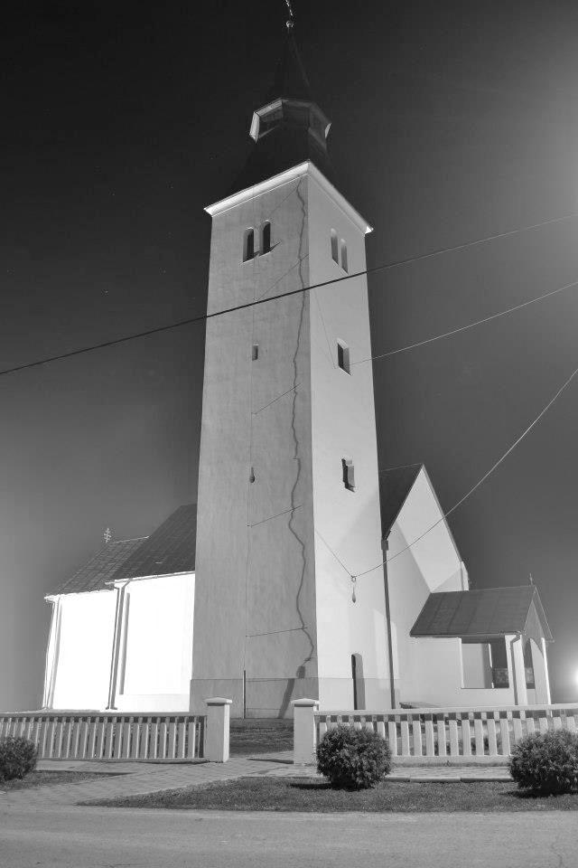 Trnovitica_crkva